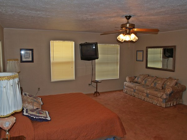 Frio river cabins frio family getaway Master bedroom upstairs or downstairs